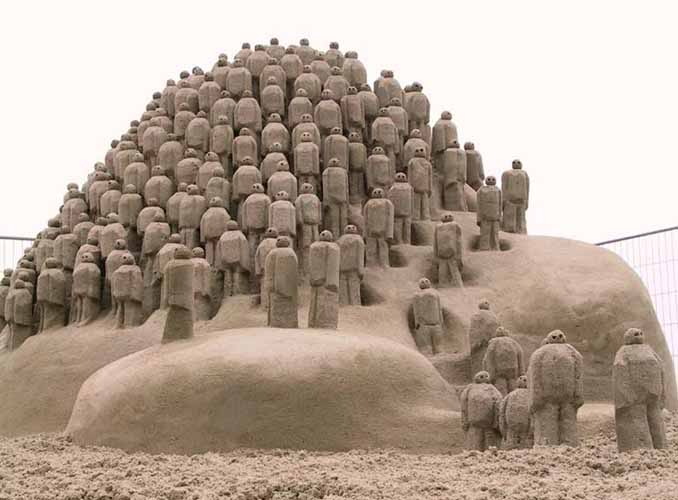 sand_sculpture-1-1